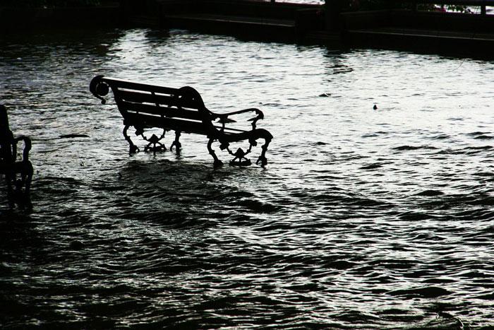 On Floods and Free-Speech